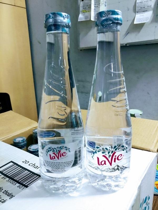 Nước khoáng Lavie Premium sang trọng và đẳng cấp